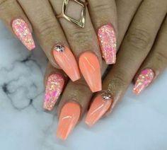 Coral nails hot summer nails in 2019 nails, nails nail art. Coral Nails Glitter, Orange Ombre Nails, Sparkle Nails, Coral Acrylic Nails, Coral Nail Art, Peach Nails, Orange Nail Designs, Nail Art Designs, Orange Design