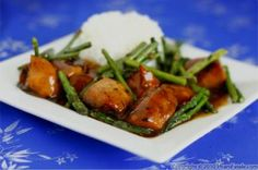 I receive many questions and recipe suggestions from readers. It might take a while for me to respond but I want you to know that I read every single one of them and they always fill me with joy. So here\'s Bill\'s (a regular reader) recipe for asparagus chicken. I didn't make many changes