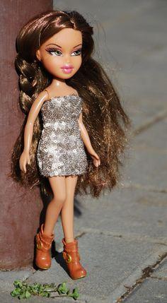Bratz 10 handmade short dress by LucieVran on Etsy Red Black Dress, Ever After High, Monster High Dolls, Handmade Dresses, Ball Gowns, Sequin Skirt, Short Dresses, Cover Up, Barbie