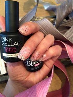 Pink Beauty Club shared Nicole van Neerven's photo. Hopelijk blijft dit wel goed zitten. Erg leuk, het glittereffe...