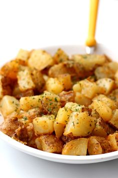 Instant Pot Breakfast Potatoes--seasoned, buttery, cubed potatoes that are perfect to go with a hearty breakfast or when making breakfast for dinner. Instant Pot Pressure Cooker, Pressure Cooker Recipes, Slow Cooker, Pressure Cooker Potatoes, Best Instant Pot Recipe, Instant Pot Dinner Recipes, Breakfast For Dinner, Breakfast Recipes, Breakfast Cooking