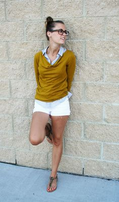 love this color combo, with white jeans