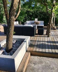 Garden Room Extensions, Sofa Bed Decor, Organic Horticulture, Beach Gardens, Contemporary Home Decor, Garden Inspiration, Backyard, Outdoor Decor, Concrete Deck