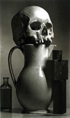 """Five pretty Irving Penn faces:    Irving Penn: Still Life, Ospedale, New York, 1980    Penn on this archeology work: """"For some years I had been accumulating scraps of material that obsessed me: bits of glass, metal, and bone; a human cranium; old sewing machines; a variety of dusts."""""""