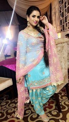 Punjabi suits patiala salwars sets bridal lehenga and sarees. designer sarees ,indian sari ,bollywood saris and lehenga choli sets. if you need stitching service or else we send unstitched. Patiala Suit Designs, Patiala Salwar Suits, Shalwar Kameez, Sharara Designs, Phulkari Suit, Punjabi Wedding Suit, Punjabi Suits Party Wear, Designer Punjabi Suits, Indian Designer Wear