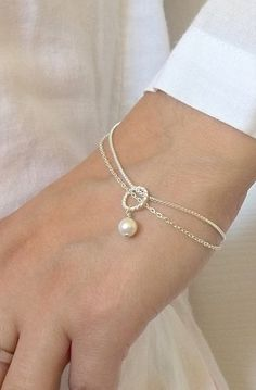 Lovely Clusters - Beautiful Shops: Bridesmaids Bracelet gift Swarovski Pearl Mother's day gift