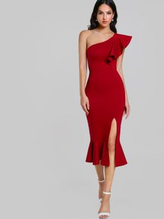 Shop Flounce One Shoulder Slit Fishtail Dress online. SheIn offers Flounce One Shoulder Slit Fishtail Dress & more to fit your fashionable needs. Elegant Dresses, Sexy Dresses, Evening Dresses, Prom Dresses, Midi Dresses, Bandage Dresses, Summer Dresses, Bridesmaid Dresses, Satin Bodycon Dress