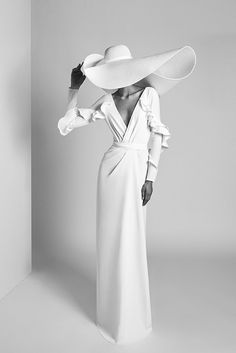 elegant portrait of a woman wearing a huge white summer hat and long white dress. and white - elegant portrait of a woman wearing a huge white summer hat and long white dress. and white - Elegantes Outfit Frau, Mode Ootd, Foto Fashion, Fashion 2020, 70s Fashion, Trendy Fashion, Korean Fashion, Girl Fashion, Fashion Outfits