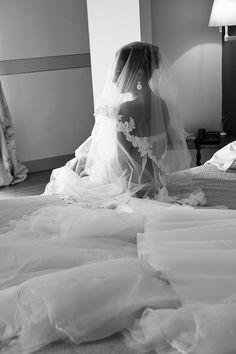 photo mariage préparatifs mariée coiffure hair boudoir lingerie bordeaux chateau grattequina gironde aquitaine romantic chic sexy bride wedding day by modaliza photographe
