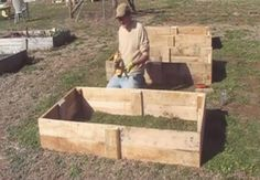 Repurposing Pallets: How To Build Raised Beds video by blogger for Frugal Farmer Network.