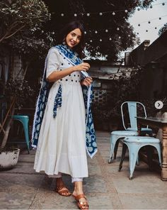 rapturous attire (Set of Casual Indian Fashion, Indian Fashion Dresses, Dress Indian Style, Indian Designer Outfits, Indian Outfits, Simple Kurta Designs, Stylish Dress Designs, Kurta Designs Women, Indian Attire