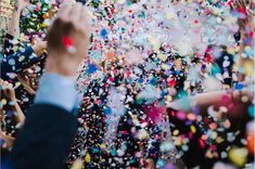"Lisa Jane calls her famous confetti photos ""a visual representation of how much your friends and family love you"" and we think that is the perfect description of her joyous style 😍⁠"