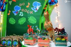 """Algumas das fotos da festinha de Júlio César, que fez 5 aninhos!!  O tema foi os """"Dinossauros do Rock""""!! Tudo registrado com muito carinho pelas lentes do Guarda-Chuva Audiovisual!!"""