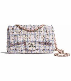 7427808cacdd 15 Best Chanel mini flap images