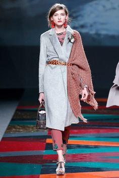 Fotos de Pasarela | Ailanto, colección prêt-à-porter otoño-invierno 2017/18 Otoño Invierno 2017-2018  Mercedes-Benz Fashion Week Madrid  | 32 de 41 | Vogue