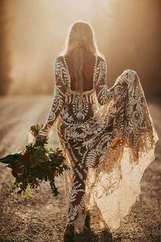 Alternative Wedding Dresses - Elopement Inspiration with a Show-Stopping Boho Lace Gown - Rue de Seine - photo. Bohemian Wedding Dresses, Boho Bride, Boho Wedding, Dream Wedding, Boho Dress, Wedding Ideas, Wedding Cake, Long Sleeve Wedding Dress Boho, Wedding Photos