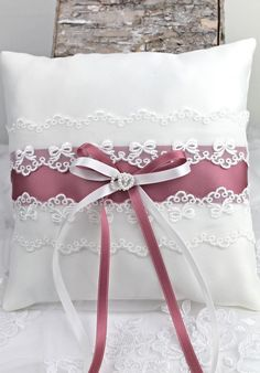 47 Most Popular Apartment Bedroom Design Ideas Wedding Pillows, Ring Pillow Wedding, Wedding Ring, Ring Pillows, Throw Pillows, Pillow Crafts, Simple Dresses, Decorative Pillows, Diy And Crafts