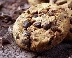 Cookies sans beurre aux pépites de chocolat : http://www.fourchette-et-bikini.fr/recettes/recettes-minceur/cookies-sans-beurre-aux-pepites-de-chocolat.html