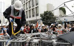 Hong Kong police clear site