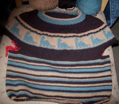 Diplodocus Sweater in progress from Tot Toppers for my nephew.