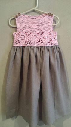 Little Dresses Girls Dresses Summer Dresses Easy Crochet Crochet Yoke Crochet For Kids Baby Fabric Crochet Baby Clothes Kids And Parenting Crochet Dress Girl, Crochet Girls, Crochet Baby Clothes, Diy Crafts Dress, Diy Dress, Crochet Fabric, Crochet Top, Baby Tulle Dress, Baby Dresses