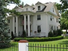 Marshfield (MO) The Dickey House Bed And Breakfast United States, North America The Dickey House Bed And Breakfast is perfectly located for both business and leisure guests in Marshfield (MO). The hotel offers a wide range of amenities and perks to ensure you have a great time. Service-minded staff will welcome and guide you at the The Dickey House Bed And Breakfast. Each guestroom is elegantly furnished and equipped with handy amenities. The hotel offers various recreational ...
