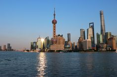 Working in global projects I enjoy opportunities to travel. In October the project team and I visited Shanghai. I spent 8 days in this enormous city, thus I want to share with you some tips regarding traveling to Shanghai. Commuting...