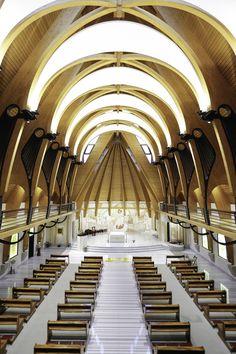 Igreja da Ordem das Carmelitas Descalças / Tudor Radulescu