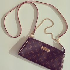 LOUIS VUITTON 'EVA CLUTCH' | BRAND NEW IN BOX