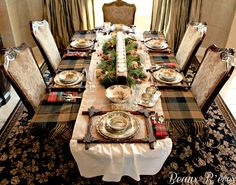 Rustic Thanksgiving Table - Frames for placemats and blanket for tablecloth - lovely!