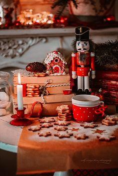 All I Want For Christmas, Merry Christmas, Christmas Games, Winter Christmas, Christmas Crafts, Xmas, Holiday, Nutcracker Christmas, Vintage Christmas