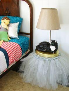 DIY tutu table (such a cute idea for a little girl's room)