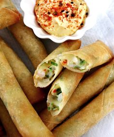 Shrimp and Cheese Fried Spring Rolls Chopped Cheese, Fried Spring Rolls, Spring Roll Wrappers, Asian Recipes, Ethnic Recipes, Cheese Fries, Asian Cooking, Shrimp, Spicy