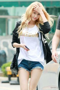 Im Yoona, 윤아, Girls' Generation, 소녀시대 Sooyoung, Yoona Snsd, Snsd Fashion, Asian Fashion, Look Fashion, Girls Generation, Yuri, Asian Woman, Asian Girl