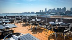 Best rooftop bars in Boston: Find your ideal outdoor bar