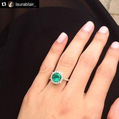 Hello, and happy Monday! #shapirodiamonds #shapiroclients ・・・ Repost @laurablair_ Hello beautiful  #sundayfunday #emerald #diamonds #engagementring #wedding #love