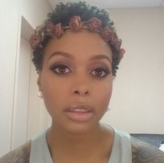 WOW her makeup is gorgeous, flawless. Chrisette Michele.