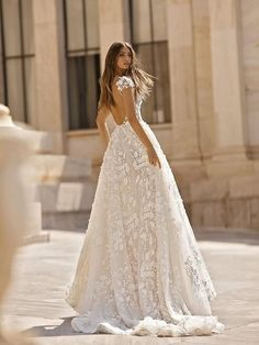 Dazzling Wedding Dresses The Latest Trends And Ideas. Spectacular Wedding Dresses The Latest Trends And Ideas. Fairy Wedding Dress, Lace Beach Wedding Dress, Luxury Wedding Dress, Wedding Dress Sleeves, Long Sleeve Wedding, Wedding Gowns, Lace Wedding, Ball Dresses, Bridal Dresses