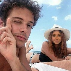 A la playa con ruge Sou Luna Disney, Disney Love, Alex And Sierra, Luna Fashion, Teen Wolf Memes, Kira Kosarin, Cimorelli, Disney Channel Stars, Image Fun