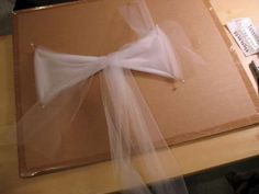 How to Make a Tulle Bow THIS LOOKS SO EASY. PEW BOWS!!!!!!!!!!!!!!!!!!!!!!!!!!!!!!