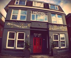 Southbourne Grove Hotel Bournemouth Located 5 km from Bournemouth International Centre in Bournemouth, Southbourne Grove Hotel features free WiFi access and free private parking.  Some units have a seating area for your convenience.  You will find a 24-hour front desk at the property.