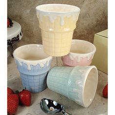 D'Lusso Designs Four Piece Multi Color Ceramic Ice Cream Cups Set
