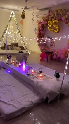 Birthday Decorations At Home, Birthday Party Decorations, Romantic Room Decoration, Birthday Banner Design, Birthday Gifts For Boyfriend Diy, Desi Wedding Decor, Romantic Surprise, Diy Crafts For Gifts, Home Parties