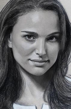 Awesome Women Charcoal Drawing Images and Ideas Part charcoal drawing for beginners; Pencil Portrait Drawing, Realistic Pencil Drawings, Dark Art Drawings, Portrait Sketches, Amazing Drawings, Charcoal Portraits, Black And White Portraits, Art Inspiration Drawing, Drawing Ideas