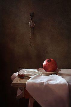 35PHOTO - Курочкина Диана - * * * Still Life Photography, Light Photography, Creative Photography, Still Life Flowers, Still Life Photos, Composition, Tables, Inspirational, Paintings