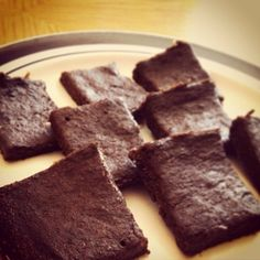 85 calorie protein brownies with Chia and Flax seed- gluten Free making this tonight! Healthy Desserts, Delicious Desserts, Yummy Food, Healthy Food, Tasty, Protein Snacks, Vegan Protein, Baking With Protein Powder, Whole Food Recipes