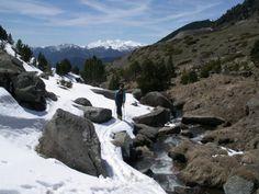 La muntanya amb esquís. Alt del Cubil: 2.833 m.   Foto: Ramon Orriols // Ricard Molina.