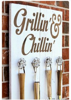 Grillin-and-chillin-sign