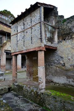 Ancient house, Herculaneum (5)   Flickr - Photo Sharing! Ancient Pompeii, Pompeii And Herculaneum, Ancient Ruins, Ancient Greece, Ancient Egypt, Ancient History, European History, Ancient Artifacts, American History