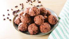 keto brownie bombs **Add c. Keto Snacks, Healthy Desserts, Snack Recipes, Dessert Recipes, Healthy Recipes, Easy Desserts, Healthy Food, Low Carb Deserts, Low Carb Sweets